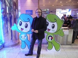 Ich mit den Maskotchen von SIIF und KINPEX Messe